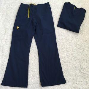 Wonder wink Navy Blue scrub set